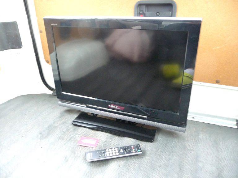 液晶テレビ SONY BRAVIA KDL-26J1 ソニー ブラビア 26インチ ハイビジョン 液晶TV リモコン RM-JD017 B-CAS 付属
