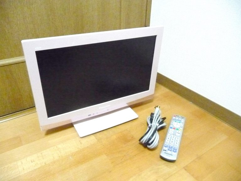 液晶テレビ Panasonic VIERA TH-L19C5-P パナソニック ビエラ 19インチ ピンク B-CAS リモコン 付属 地デジ 19型